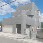 <白馬村>塩の道街道沿いの眺望良好な3階建中古住宅(RC造)!